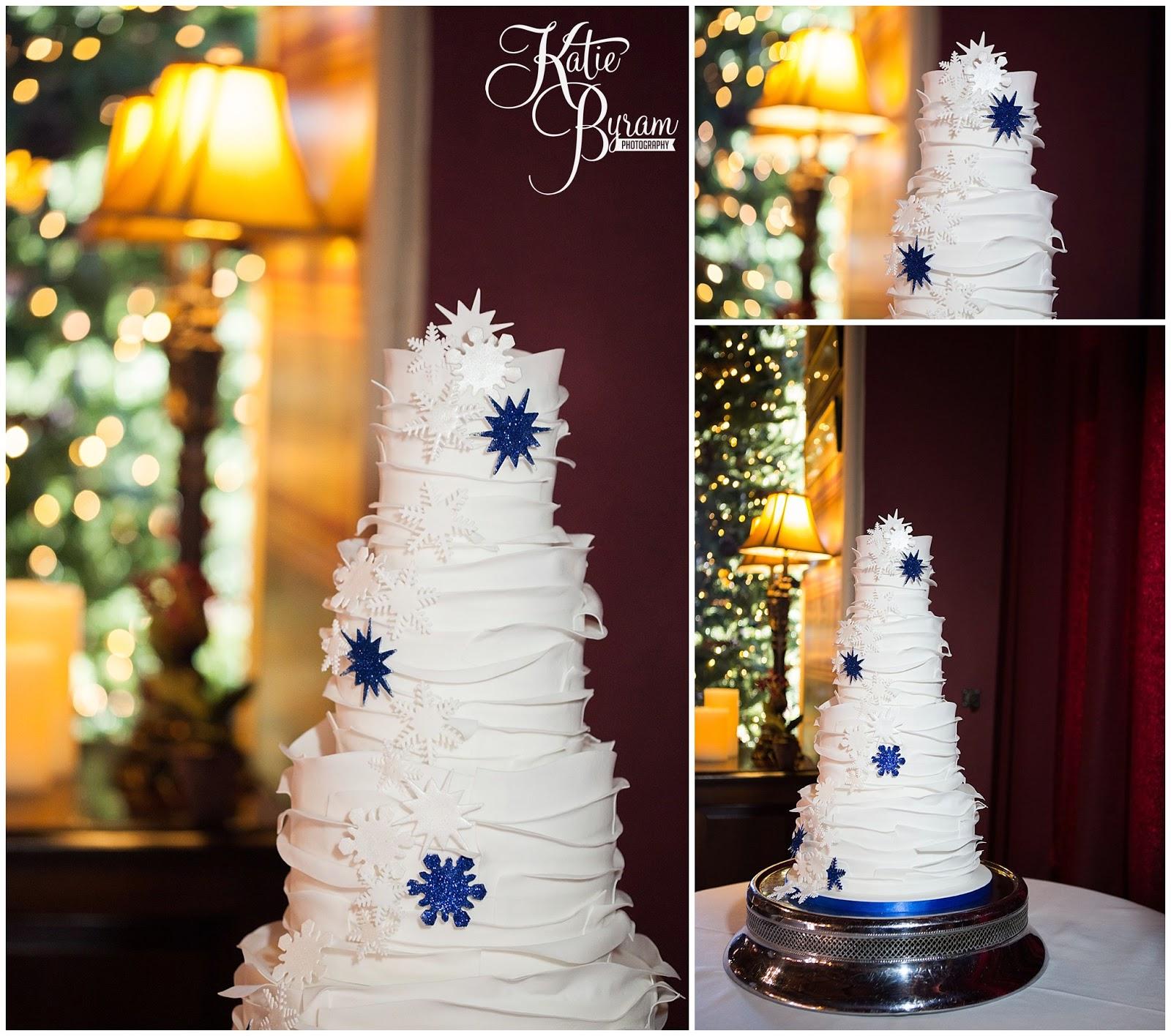 the master cakesmith, wedding cake alnwick, snowflake wedding cake, snowflake cake, winter wedding cake, ,  ellingham hall, ellingham hall wedding, katie byram photography, alnwick treehouse wedding, alnwick garden wedding, alnwick wedding,