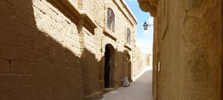 Callejeando por la Ciudadela de Victoria, isla de Gozo.