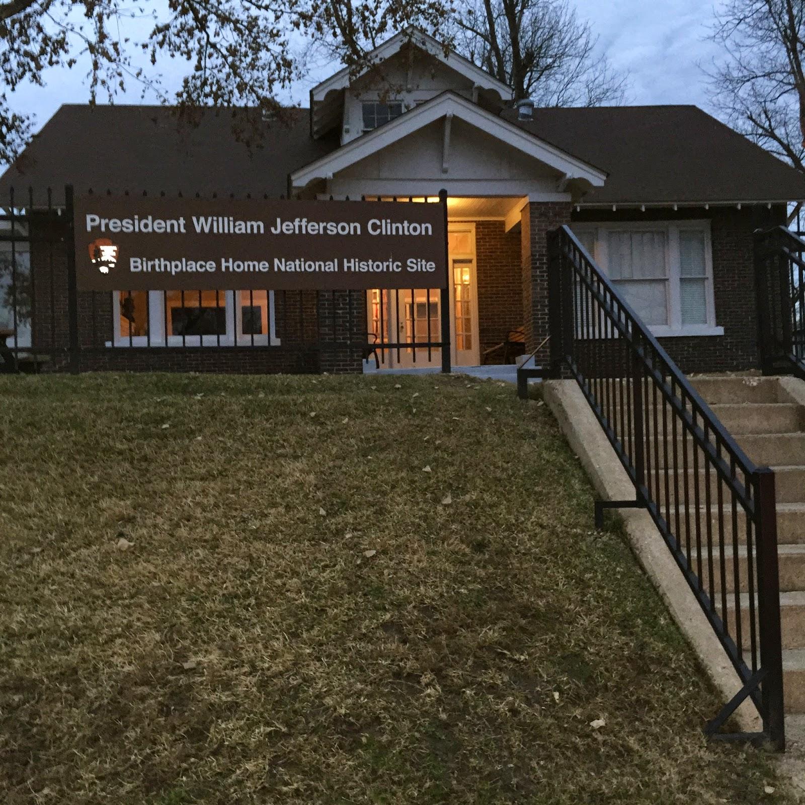 Souvenir Chronicles Arkansas Little Rock Clinton Presidential Library