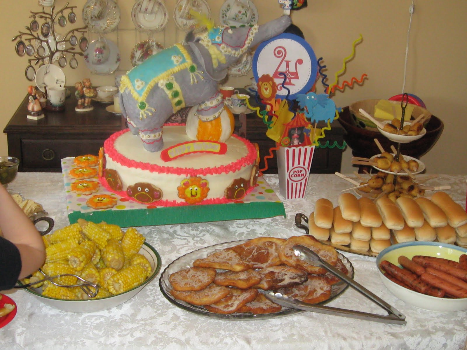 Carnival food ideas 28 images carnival party ideas caden s 2nd birthday party carnival - Carnival foods ideas ...