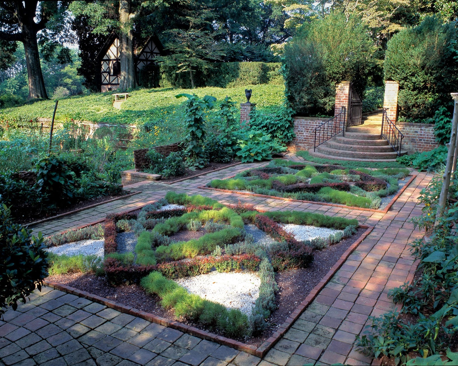 Pin by south fl mom on side garden checkerboard pinterest for English knot garden designs