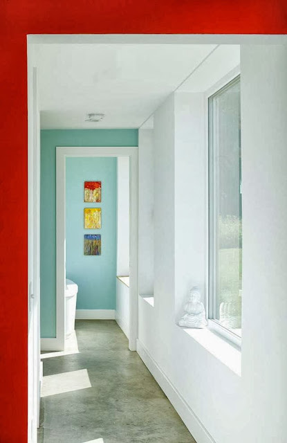 modern-colorful-hall-interior