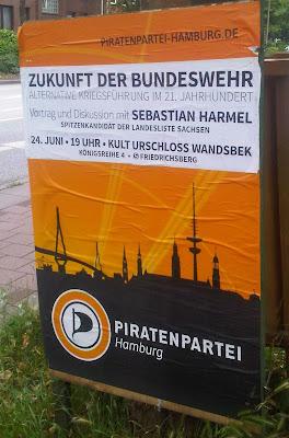 Zukunft der Bundeswehr - Plakat Piratenpartei Hamburg - Sebastian Harmel