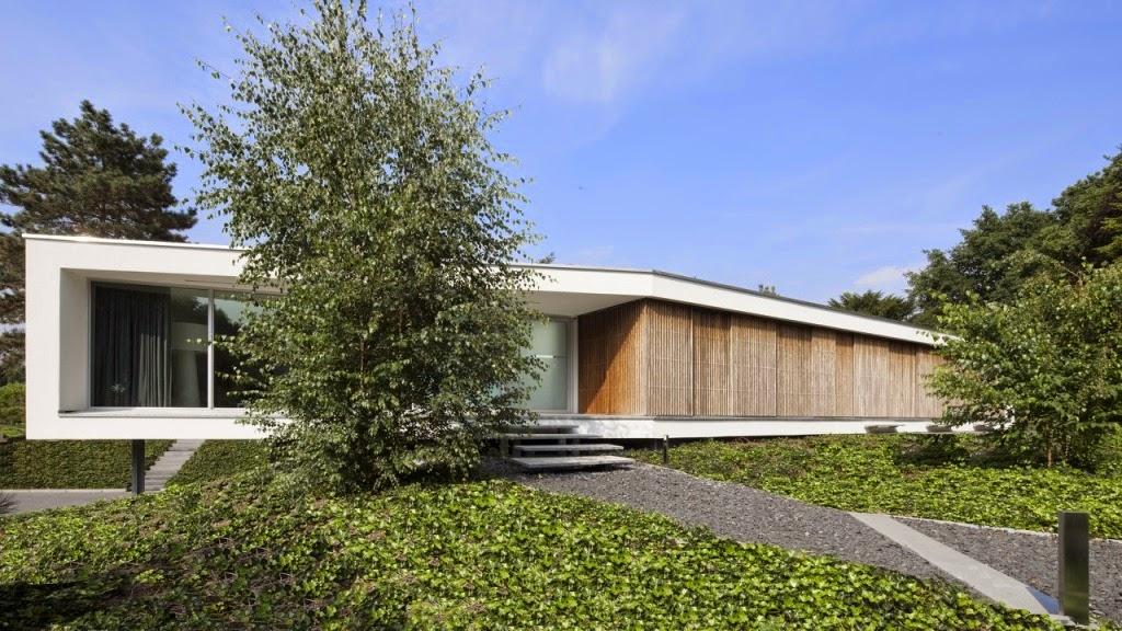 Rumah 2 Lantai Dengan Konsep Floating Box