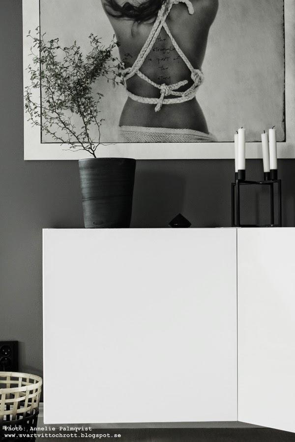 ikea skåp vägg ~ svart, vitt & rött diy; vägghängd tvmöbel i vinkel