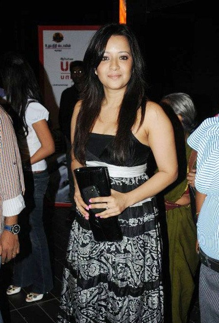 reema sen latest photos