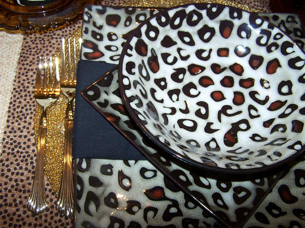 Mikasa Leopard Dishes Tablescape & Tablescaping: Mikasa Leopard Dishes Tablescape