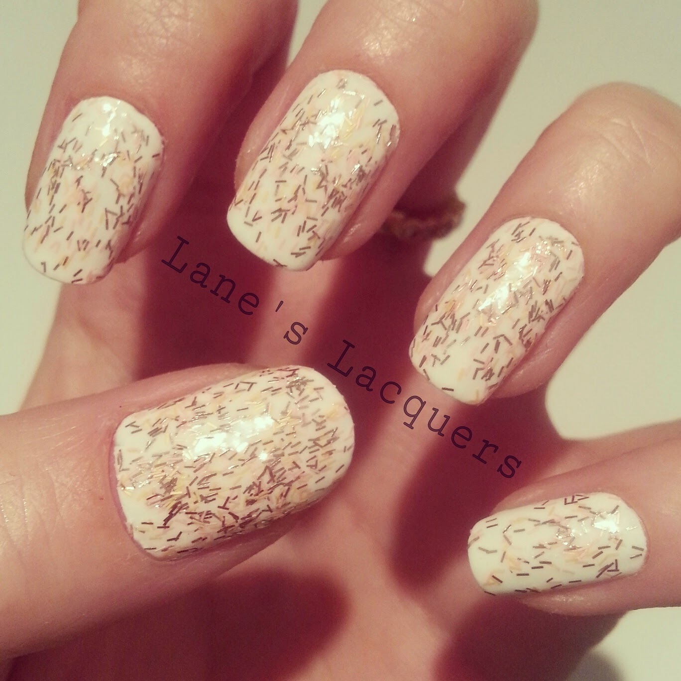 ciate-mini-mani-manor-sloaney-sweetie-white-glitter-nails (1)