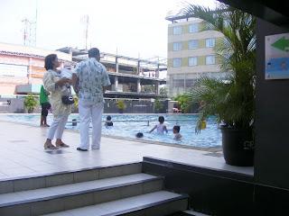 Fasilitas Grage Hotel Cirebon-Kolam Renang