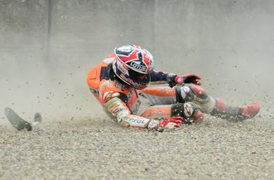 Marquez Jatuh di Silverstone, 'Selamat Tinggal Juara Dunia'?
