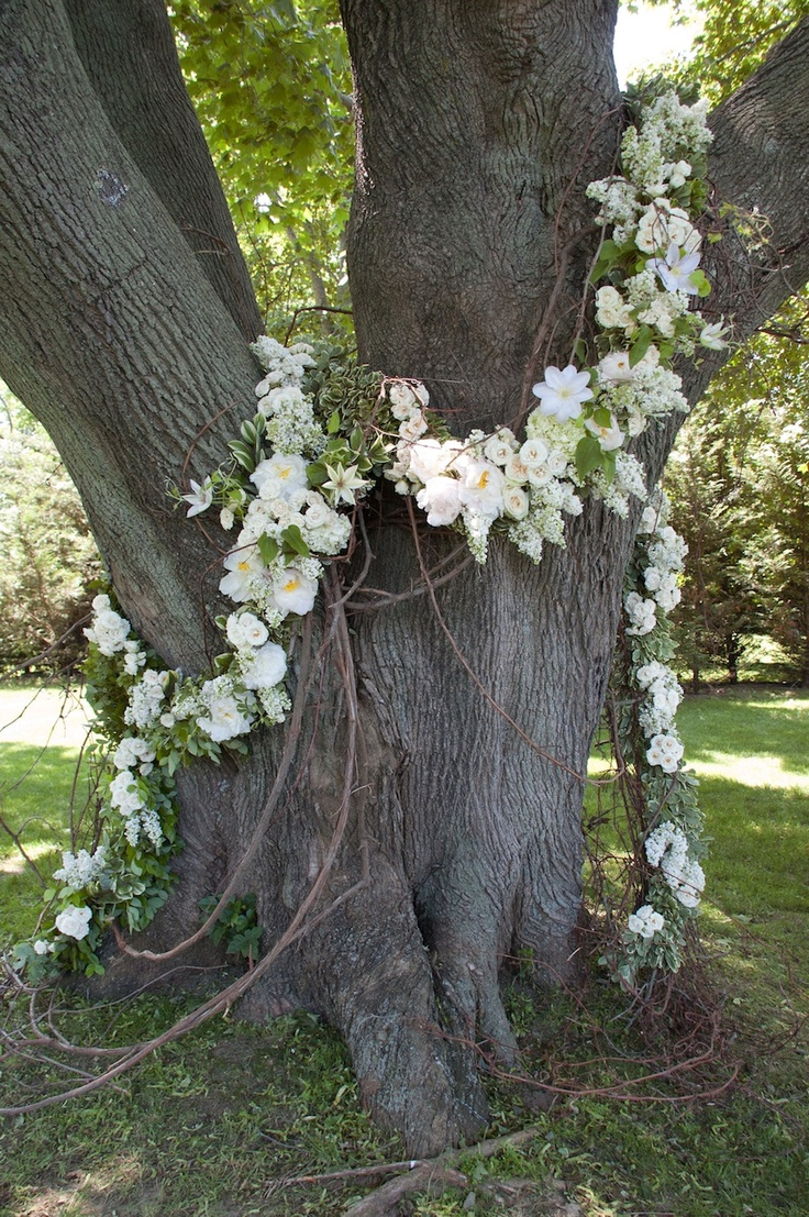 Wedding talk oak tree flower garland for Tree decorations for garden