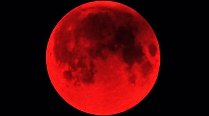 KUMPULAN FOTO GERHANA BULAN 2015 Fenomena Alam Terbaru Bulan Merah Darah