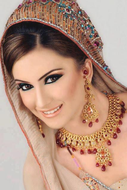 Bridal Dresses 2013 By Fashion She 9