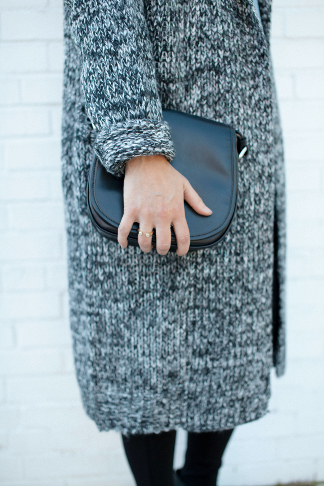 Fall sweaters, Long sweaters, Black bag