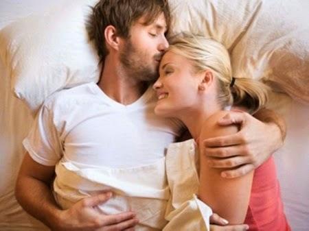 Tác dụng của việc ôm trong tình yêu