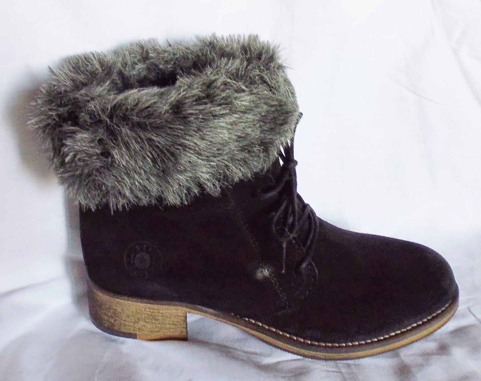 http://www.ebay.fr/itm/bottines-noires-fourrees-femme-CUIR-noir-chaudes-cuir-veritable-made-in-Portugal-/301256289360?ssPageName=STRK:MESE:IT