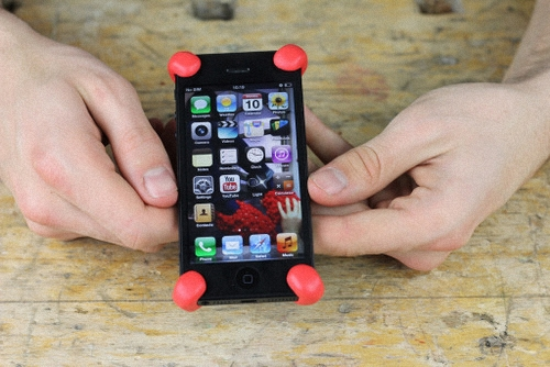01-Impact-Proof-Your-Smart-Phone-Or-Tablet-Sugru-Clay-Flexible-Silicone-Water-Heat-Impact-Proof-Repair