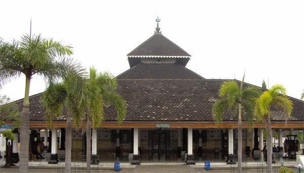 Makalah Perkembangan Kerajaan Islam di Indonesia Sejarah Samudera