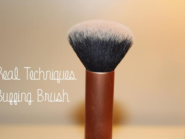 Real Techniques Buffing Brush ♡