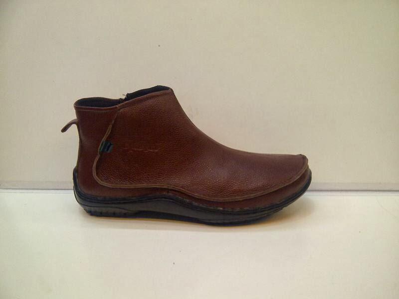 Foto Sepatu KicKers Boots Import Coklat, jual KicKers Boots Import Coklat
