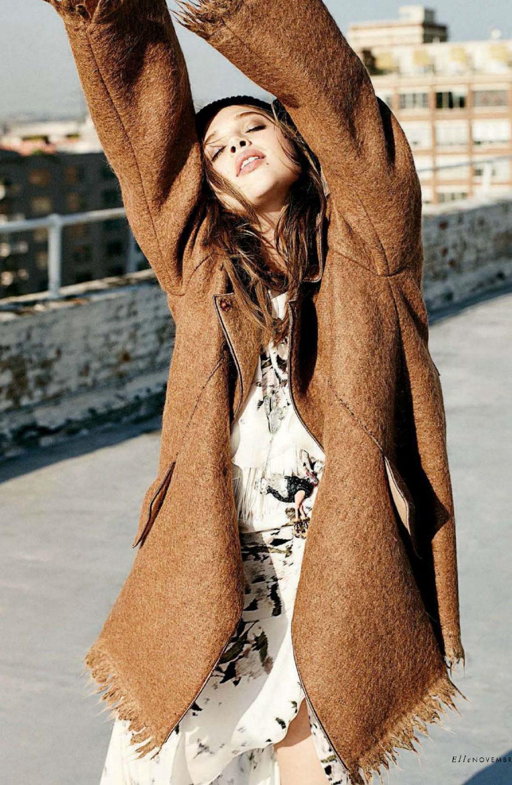 Anais Pouliot in Elle Italia November 2014 (photography: Dan Martensen, styling: Eva Geraldine Fontanelli)
