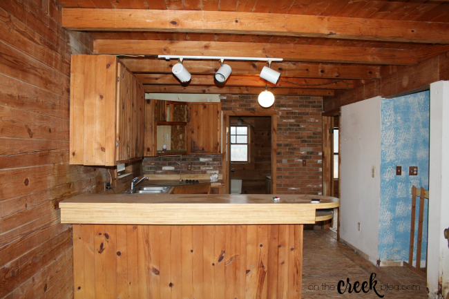 cabin kitchen before renovation