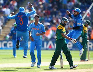 Umesh-Yadav-dismissal-Hashim-Amla-India-vs-South-Africa-ICC-Champions-+Trophy-2013