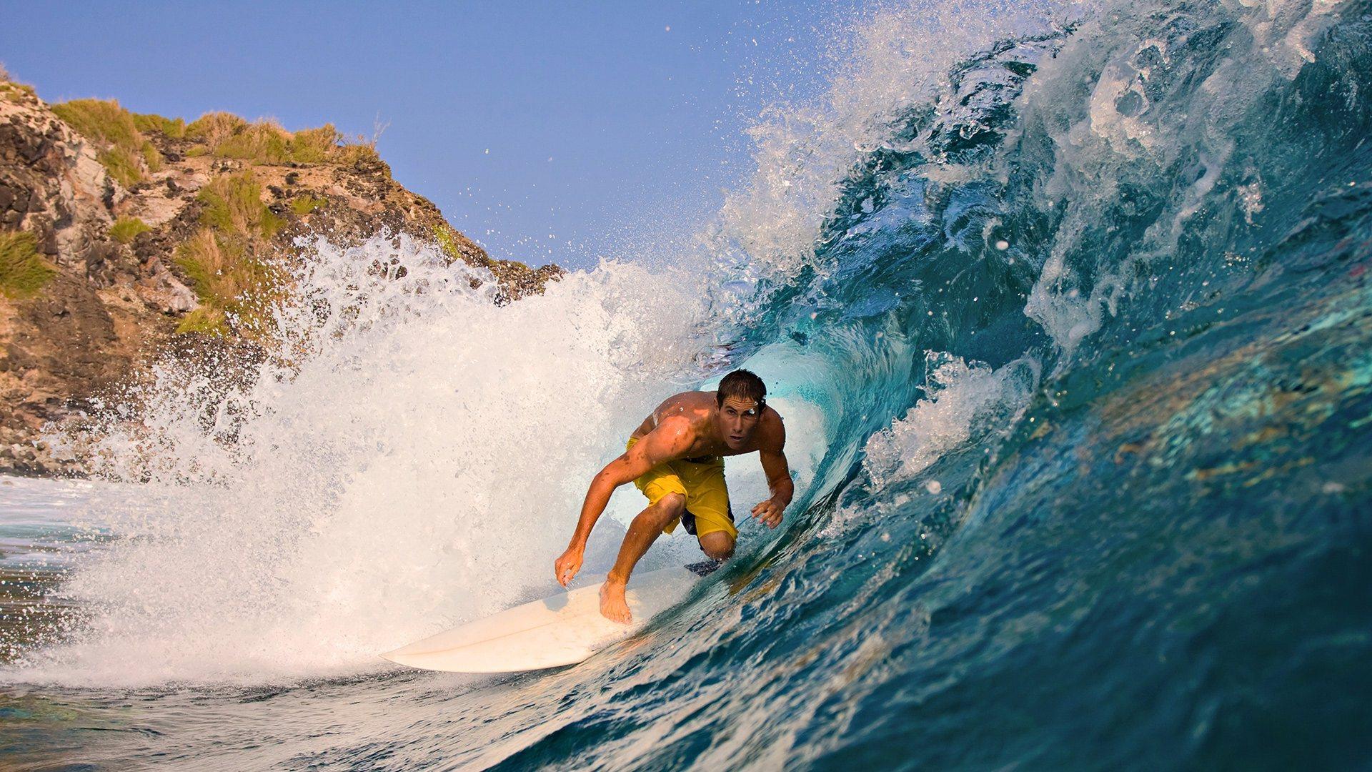http://4.bp.blogspot.com/-59HEPVkXxUs/UJvSUn4zc_I/AAAAAAAAMbs/inC4wI_68qw/s1920/surfing_on_water_hd-wallpaper.jpg