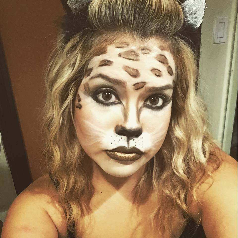 momma of dos: ::quick and easy halloween face painting::