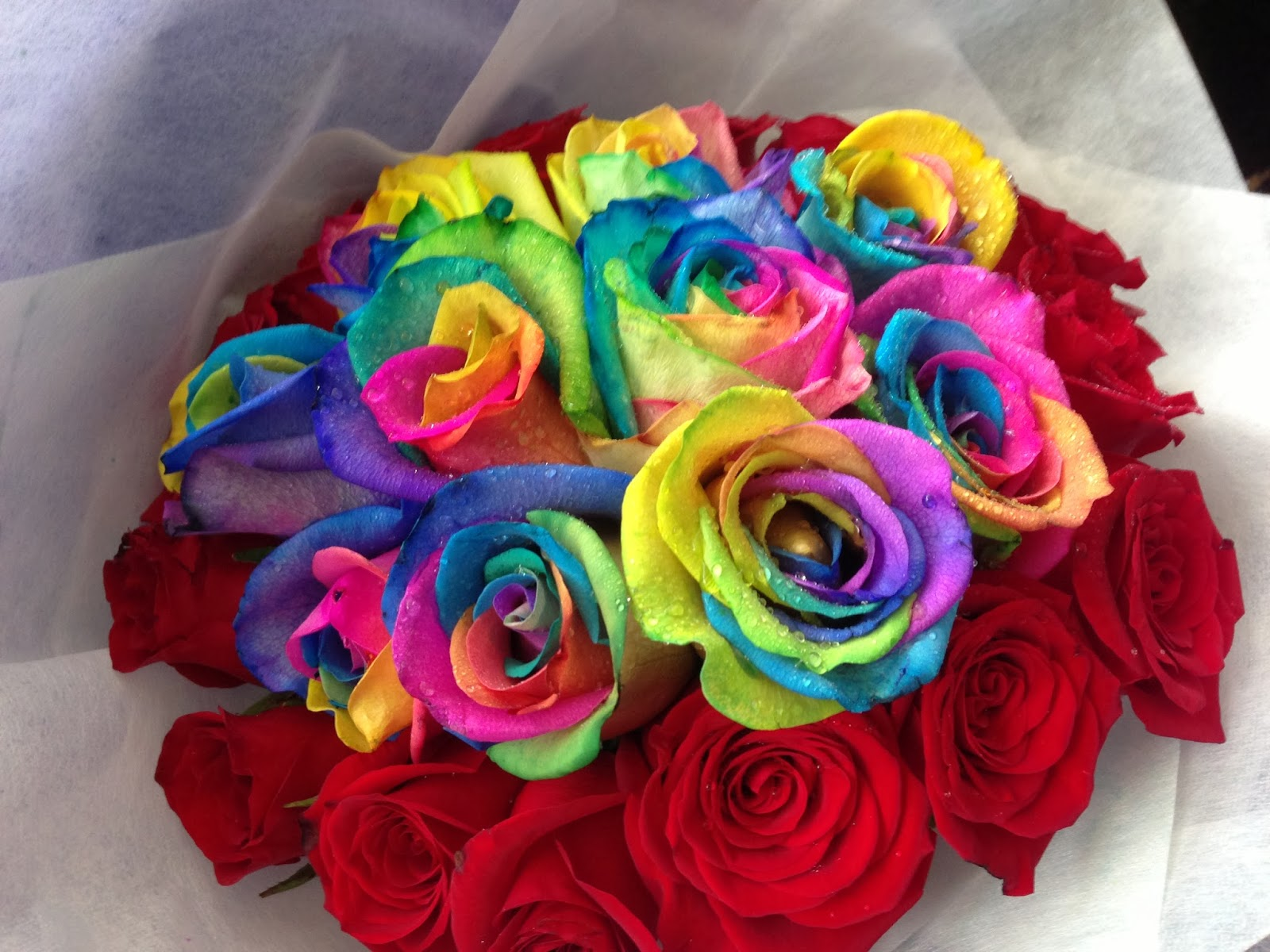 De floral gallery rainbow roses for Where can i buy rainbow roses