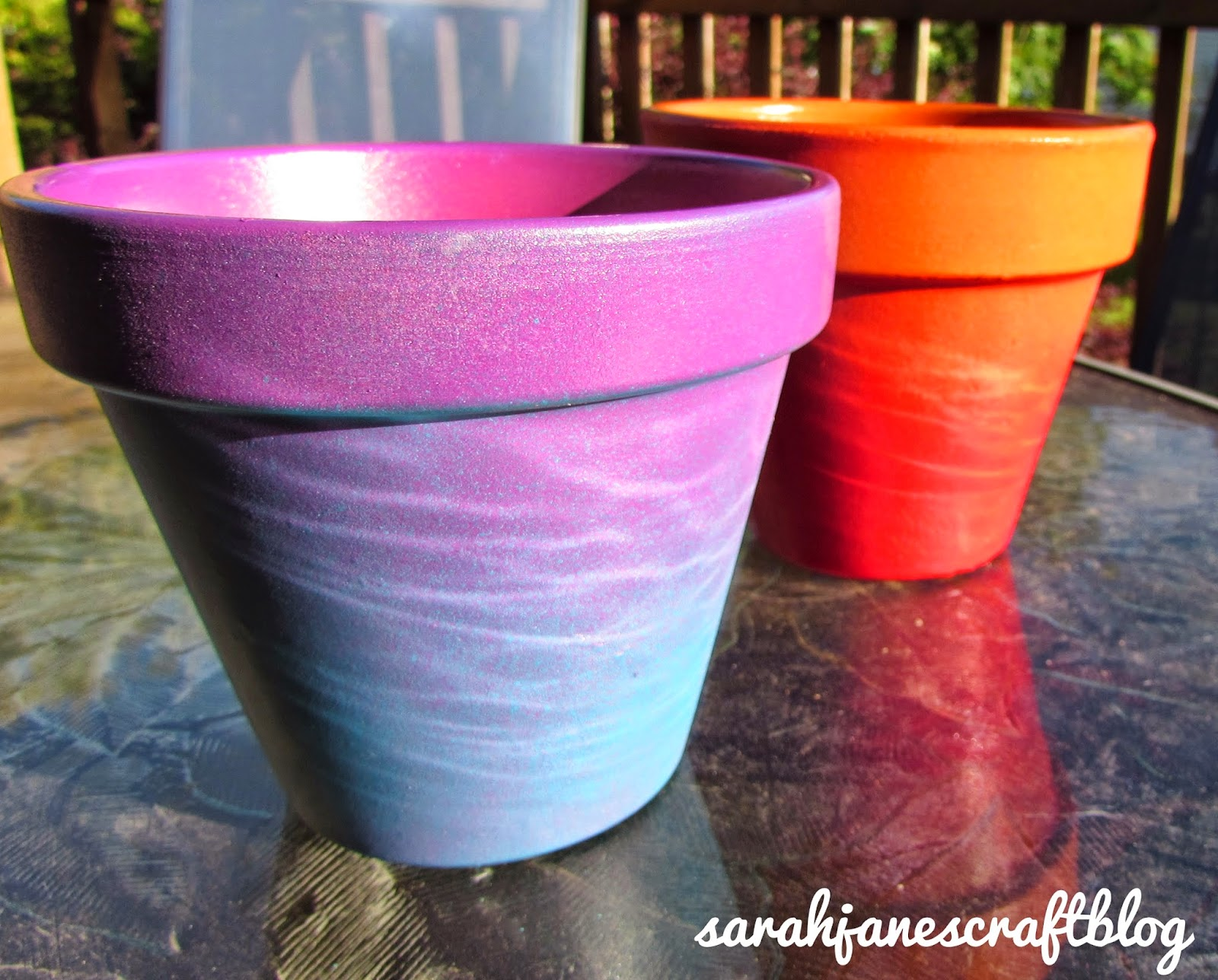 sarah jane 39 s craft blog ombre terra cotta pots. Black Bedroom Furniture Sets. Home Design Ideas