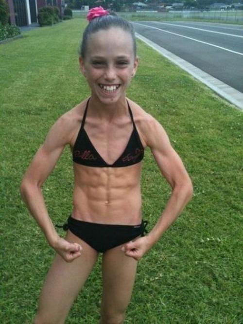 The little bodybuilder girl real or photoshopped pixfail