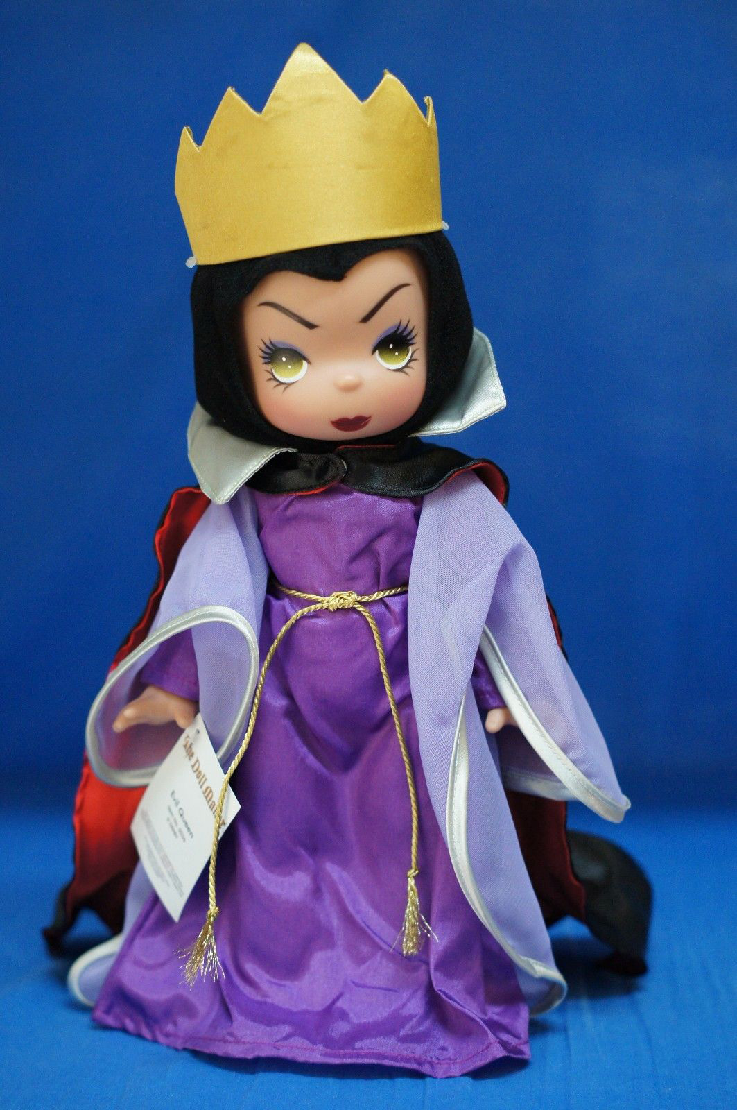 Filmic light snow white archive precious moments dolls - Evil queen disney ...