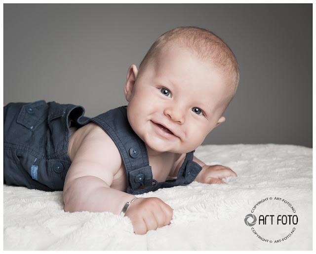 2012 06 22 020 - Babyfotografering