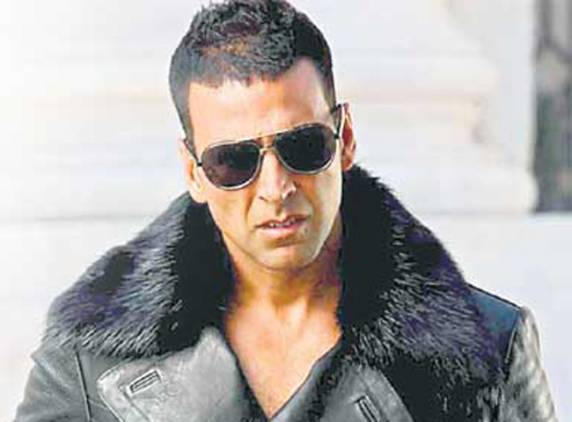 Exclusive: Akshay Kumar's new look from 'Airlift' - Times ...