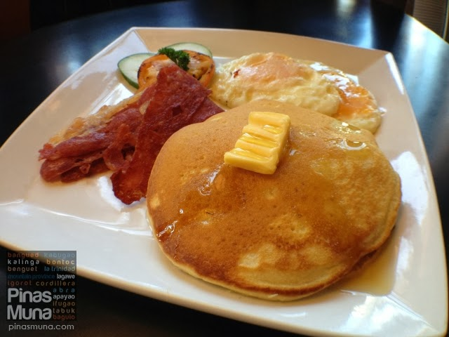American Pancake with Bacon & Egg