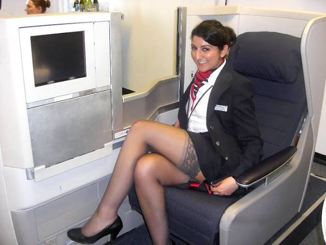 Funny Pictures Of Look Alike British Airways Stewardess