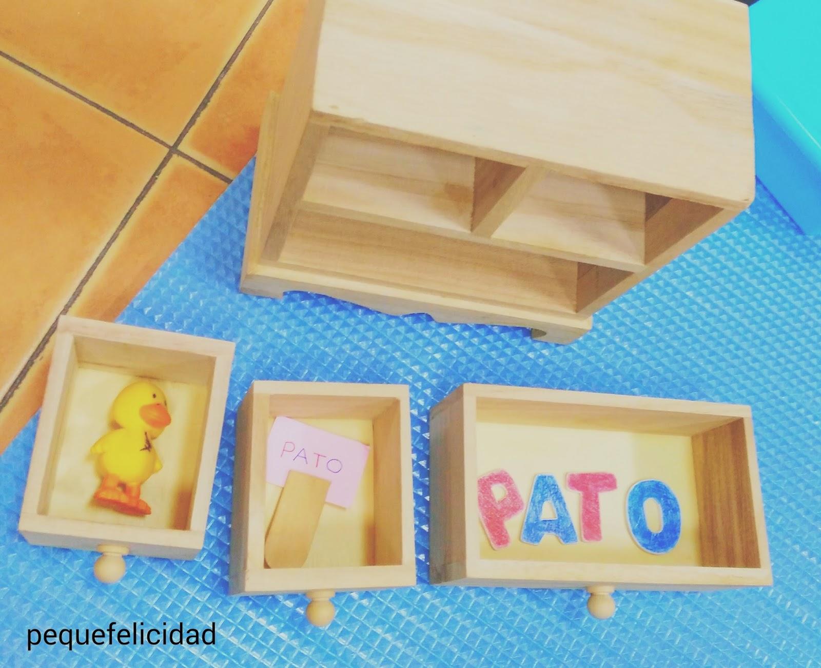 Montessori metodo imparare a scrivere con il metodo montessori with montessori metodo metodo - Porta libri montessori ...
