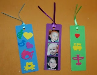 http://www.reademandleap.com/2010/05/mothers-day-bookmarks.html