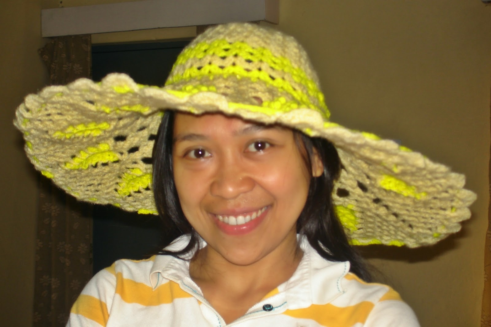 The Girl And Her Camera: Pineapple Suite Hat: A Crochet Summer Hat