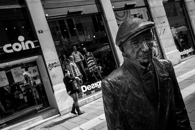 Statua Saba Trieste