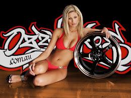 Masini tunate,motociclete si fete sexy