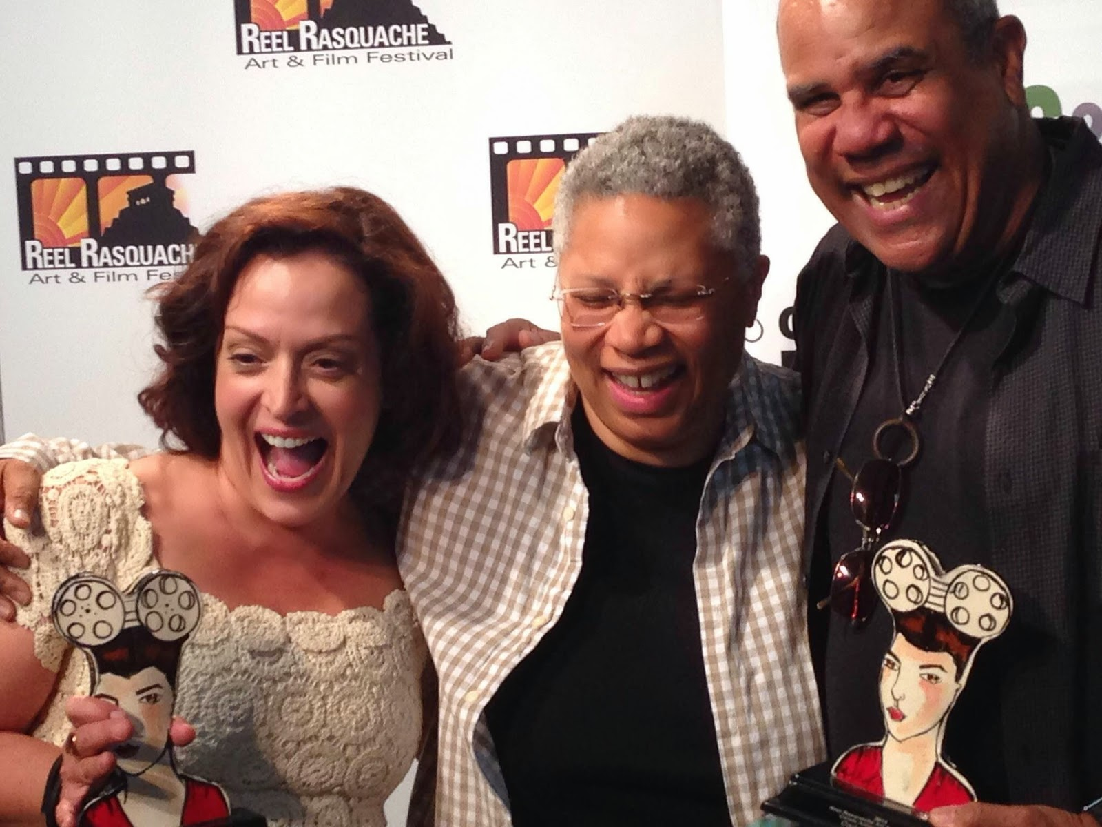 Hola directory of talent claudia morales - Carlos Carrasco And Marlene Fort Shown At Left And At Right Flanking Rraff Co Director Ngela Mar A Ortiz S In The Photo At Right Received Honors At
