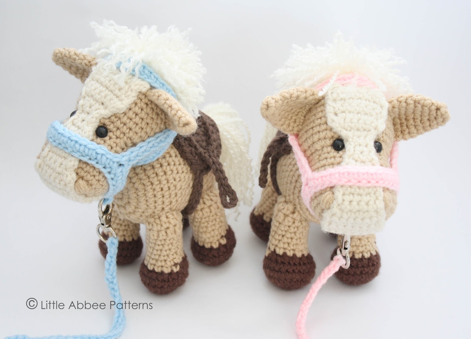 Little Abbee: His and Hers Amigurumi Horses