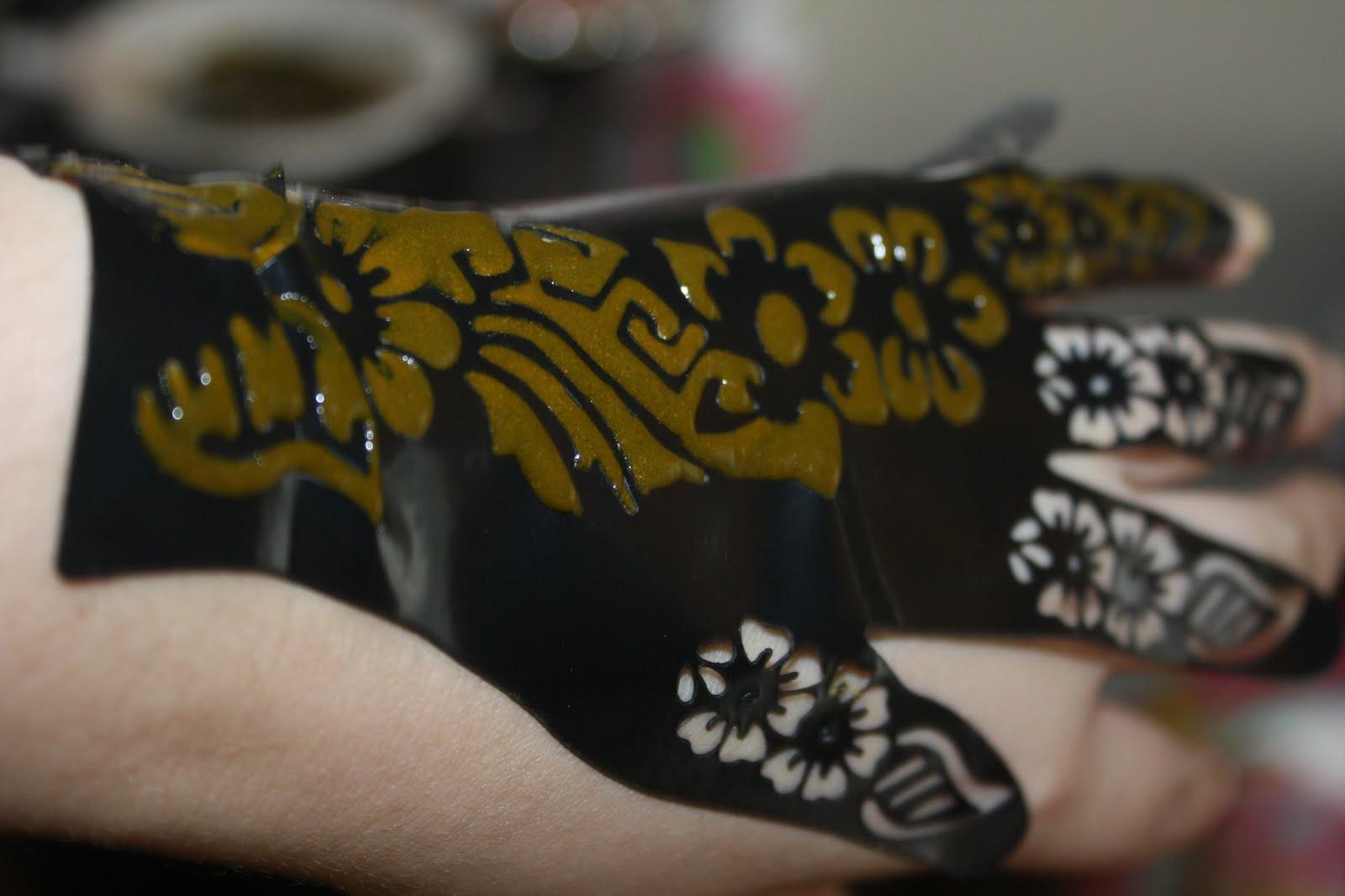 Mehndi Tattoo Stickers : Henna hand tattoo stickers makedes