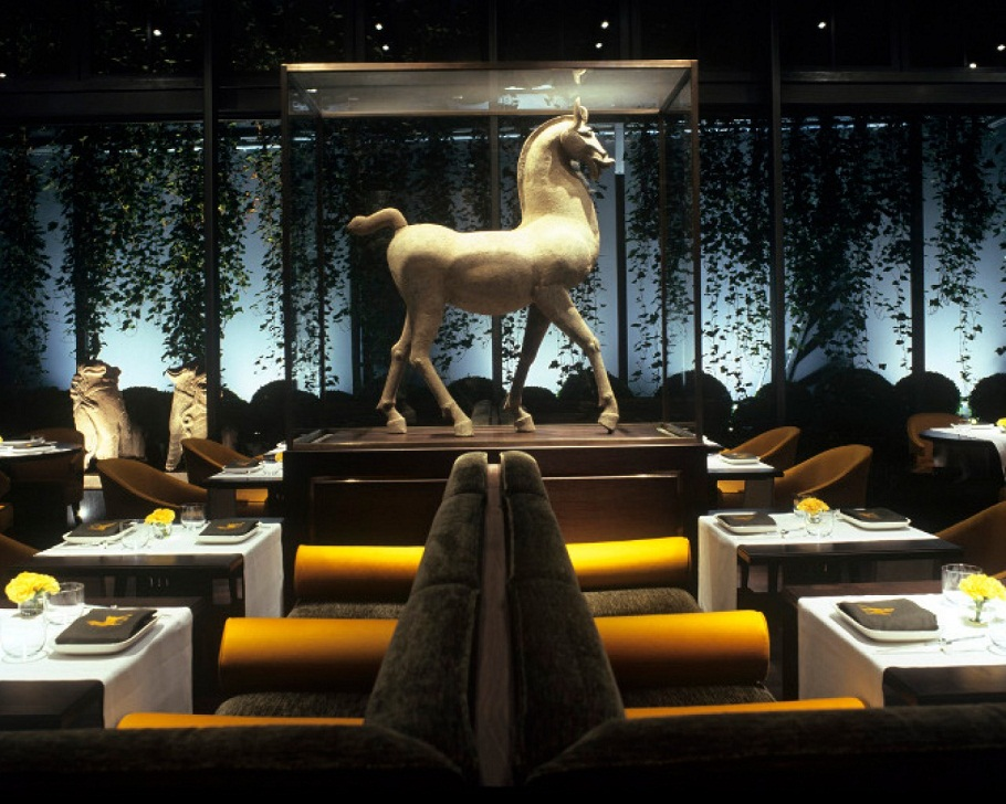Passion for luxury luxury hotel kempinski berlin for Designer hotel berlin