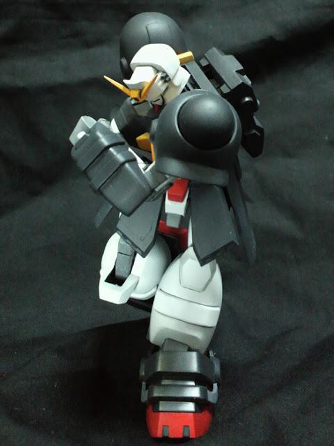 Bolt Gundam figures