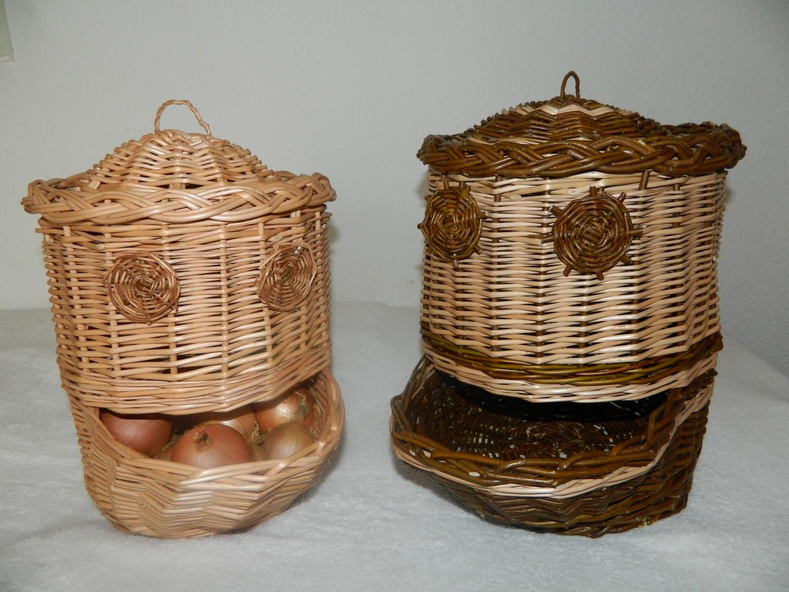 vannerie et osier panier oignons et pomme de terre en osier. Black Bedroom Furniture Sets. Home Design Ideas