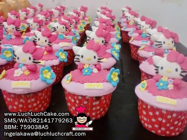 Cupcake Hello Kitty Souvenir Ulang Tahun Anak