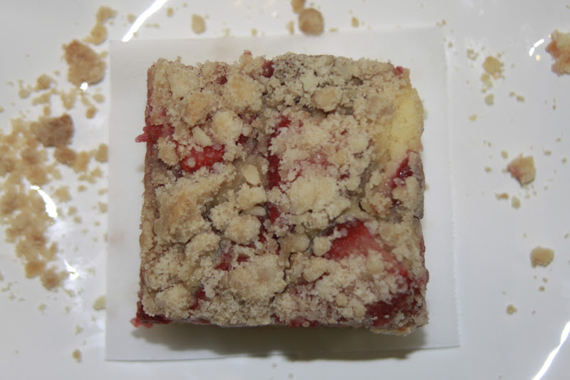 cooking out of the box: Strawberry Coffee Cake
